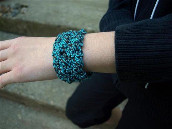DIY Crochet Bracelet 8