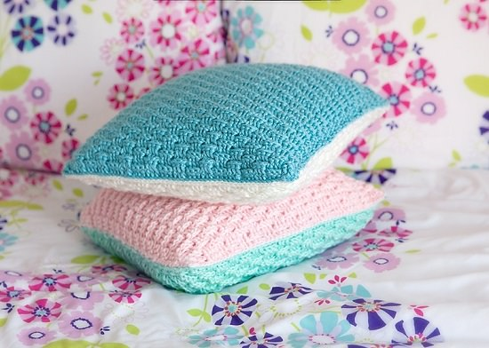DIY Crochet Cushion