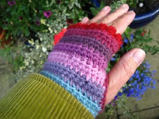 DIY Crochet Hand Warmer 2