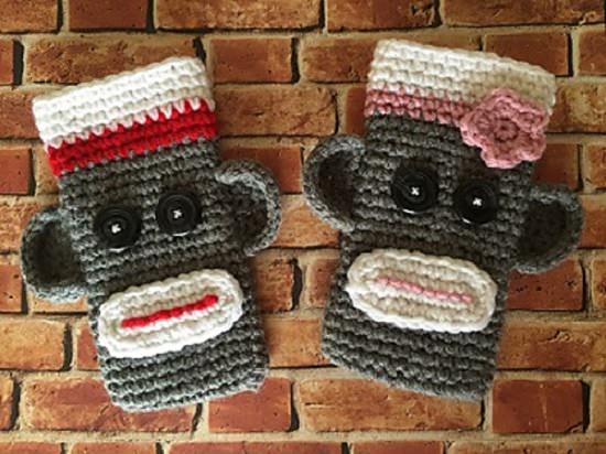 DIY Crochet Mobile Case 11
