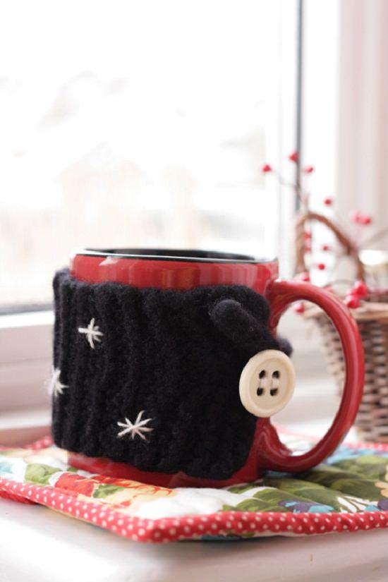 DIY Crochet Mug Cozy 11