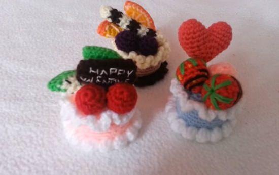 DIY Crochet Cake 10