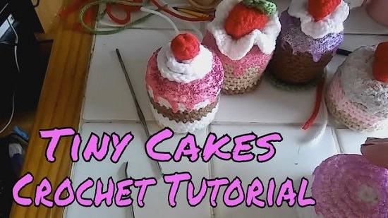 DIY Crochet Cake 2