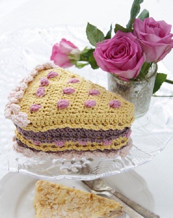 DIY Crochet Cake 5