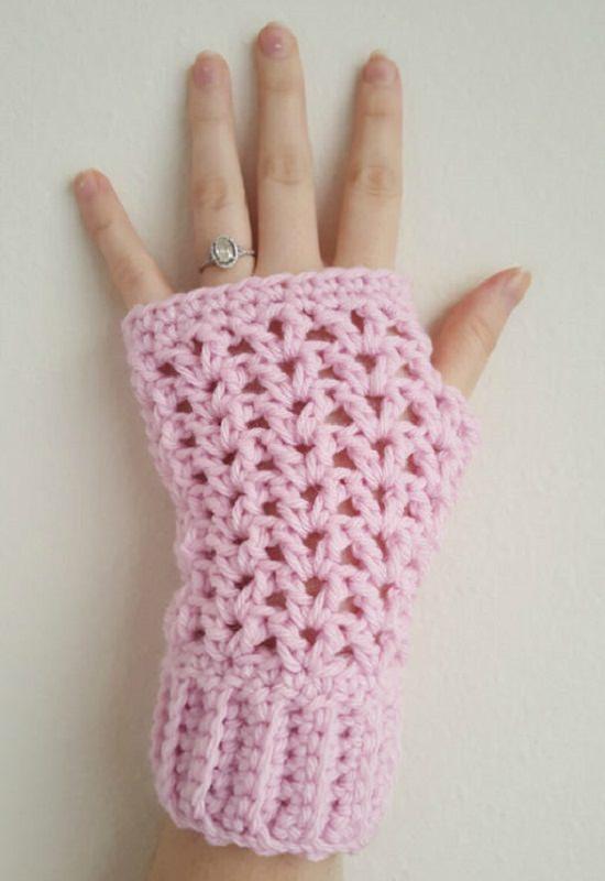 Free Fingerless Gloves Crochet Patterns you can easily make